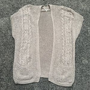 Cardigan / sweater / coverup. Beige